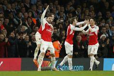 Arsenal-Manchester City 2-1, Walcott e Giroud fanno volare i Gunners - http://www.maidirecalcio.com/2015/12/21/arsenal-manchestercity-2-1.html