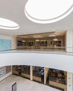 #emaar #emaarsquaremall #emaarsquare #satışofisi #architecturephotography www.ozanarslan.com.tr  #architecture #lighting #decoration #led #aplik #abajur #şişhane #mobilya  #mimari #mimarlik #aydinlatma #aydinlatmaprojesi #aydinlatmatasarimi #ledaydinlatma #archilovers #interiors #archilovers #dekorasyon #dekorasyonfikirleri #mobilya #aydınlatmafikirleri #mimarifikirler #mimarifotograf #architecturalphotographer #ozanarslan http://turkrazzi.com/ipost/1521022987187296510/?code=BUbwlkegJj-