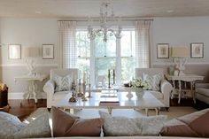 15-Sarah-Richardson-contemporary-classic-and-elegant-modern-living-room-design 15-Sarah-Richardson-contemporary-classic-and-elegant-modern-living-room-design