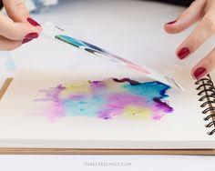 Cómo crear manchas de acuarela de forma fácil para hacer tus propias láminas - Three Feelings