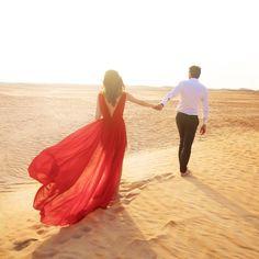 Long Red dress in the desert @chiclebelle