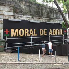 miguel januário   maismenos   moral de abril Moral, Revolution, Street Art, Wrestling, Critic, Sports, Design, Cityscapes, Pintura
