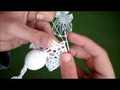 YouTube Crochet Ornaments, Christmas Crochet Patterns, Crochet Snowflakes, Crochet Crafts, Crochet Christmas, Crochet Angel Pattern, Crochet Angels, Christmas Angels, Christmas Tree Ornaments