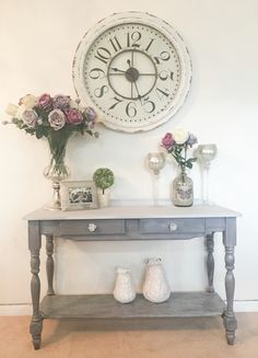 Revamped pine hall table using DIY chalk paint & liming wax