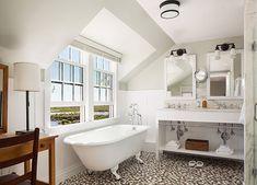 10 Design Ideas to Steal from Rhode Island's Ocean House and Weekapaug Inn