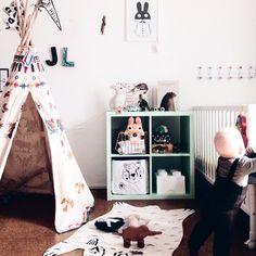 Fantastic kids room with tipi via nynneetliloujos Kids room - via Nursery Design, Nursery Decor, Decoration Bedroom, Kids Bedroom, Kids Rooms, Kid Spaces, Kids Decor, Girl Room, Diy For Kids