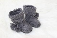 KNITTING PATTERN-baby booties-size newborn-reborn and month-easy booty knitting-baby socks inch reborn knitting pattern Easy Knitting, Knitting Socks, Baby Knitting Patterns, Baby Patterns, Baby Socks, Stockinette, Needles Sizes, Baby Booties, Merino Wool