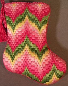 I must make a Bargello Xmas stocking like this one - the colours and pattern here are lovely. Broderie Bargello, Bargello Needlepoint, Bargello Quilts, Needlepoint Stitches, Needlepoint Canvases, Needlework, Cross Stitch Embroidery, Hand Embroidery, Bargello Patterns