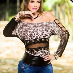 Shop Women's size OS Tops at a discounted price at Poshmark. Size available : One Size fits S-M-L. Fit S, Stretchy Material, Crossdressers, Milwaukee, Fashion Tips, Fashion Design, Fashion Trends, Crop Tops, Animal