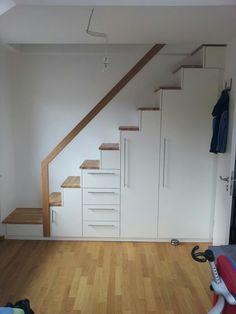 Attraktive Inspiration Treppe Schrank Und Entzückende Treppenschrank Zum Spitzboden In Weißlack Eiche Massiv Schranke Ideen