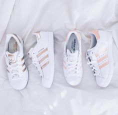 ADIDAS Women's Shoes - Adidas Women Shoes - ❝je taime❞ - We reveal the news in sneakers for spring summer 2017 - Find deals and best selling products for adidas Shoes for Women Dr Shoes, Cute Shoes, Me Too Shoes, Kicks Shoes, Shoes Sneakers, Shoes Addidas, Sneakers Adidas, Yeezy Shoes, Converse Shoes