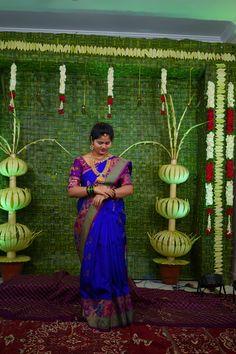 Bridal Sarees South Indian, Bridal Silk Saree, Indian Bridal Fashion, Silk Sarees, Beaded Jewelry, Jewelry Necklaces, Saree Photoshoot, Bridal Style, Brides