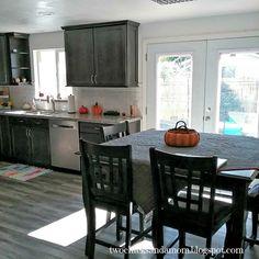 twochicksandamom.blogspot.com: Kitchen Remodel Details