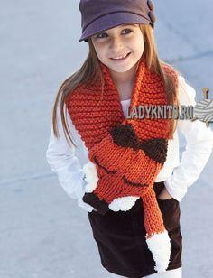 вязаный спицами детский шарф