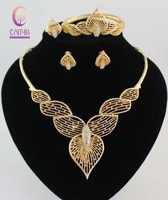Gold Jewelry For Sale Real Gold Jewelry, Gold Jewelry Simple, Stylish Jewelry, Womens Jewelry Rings, Jewelry Box, Jewelry Bracelets, Gold Fashion, Fashion Jewelry, Dubai Fashion