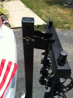 "Thule Parkway 4 Bike Rack for 2"" Hitches - Tilting Thule Hitch Bike Racks TH956"