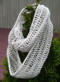 Infinity_drop_stitch_3_small2 free knit pattern. ravelry