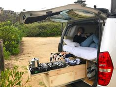 and I, nice and cosy while having some breakfast in bed. ☕️ Caitlin Jostlear and I, nice and cosy while having some breakfast in bed. Car Camper, Mini Camper, Camper Life, Minivan Camping, Truck Camping, Auto Camping, Combi Hippie, Deco Cool, Kombi Home
