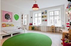 SHARING A ROOM - desk ideas