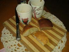 Hummm.. Cafezinho e pão com estilo.. By mama Neuza Vidal e mana Lila Otoni.