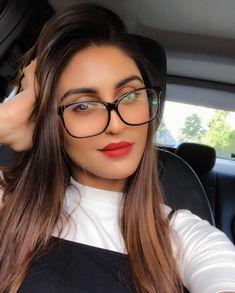 Indian Tv Actress, Actress Pics, Beautiful Indian Actress, Cute Girl Poses, Cute Girl Photo, Cute Girls, Beautiful Girl Photo, Beautiful Eyes, Girl Pictures
