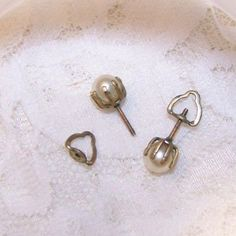 Vintage Gold Tone Faux Pearl Screw Back Pierced Earrings