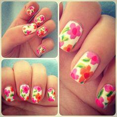 Pretty blossom manicure
