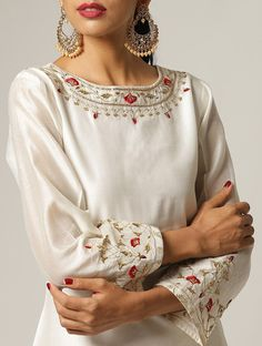 Embroidery On Kurtis, Hand Embroidery Dress, Kurti Embroidery Design, Embroidery Neck Designs, Embroidery Fashion, Silk Kurti Designs, Kurti Designs Party Wear, Blouse Designs, Embroidered Kurti