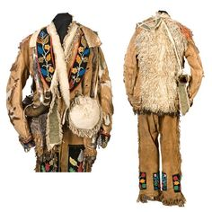 """Texas Pioneer Robert Hall's """"Frontiersman"""" Outfit Including a Horn From Jean Lafitte Robert Hall was one . Item was passed Jean Lafitte, Black Powder Guns, Bubble Art, Le Far West, Mountain Man, Loom Bracelets, Old West, Clothing Ideas, Cowboys"""