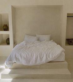 Room Design Bedroom, Home Bedroom, Bedroom Decor, Bedrooms, Home Interior Design, Interior Architecture, Furniture Decor, Furniture Design, Minimal Living