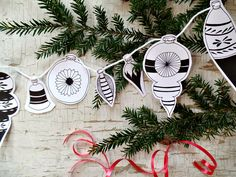 DIY Christmas decorations and Printable Christmas Tags. Just cut out & decorate your home & presents. Make a banner, hang on your tree or attach to gifts! #diychristmascrafts #diychristmasdecor #christmasprintables #ChristmasDecor #ChristmasDecorations #christmastime #christmasornaments #diychristmasornaments #christmastags #christmasgarland #holidaydecor