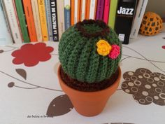 cactus and books Crochet Cactus, Crochet Rope, Diy Crochet, Crochet Flowers, Crochet Ideas, Amigurumi Patterns, Knitting Patterns, Crochet Patterns, Handmade Flowers