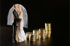 Have a Frugal Wedding by Skipping These 5 Traditions.