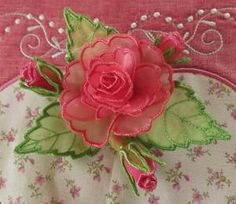 Rosebud Purse - Gorgeous 3D machine embroidery designs! #machine embroidery #roses