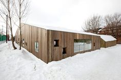 Completed in 2010 in Oslo, Norway. Images by Thomas Bjørnflaten. Reiulf Ramstad Architects has been involved in designing a new kindergarten for Fagerborg Congregation in central Oslo. The kindergarten offers Architecture Design, School Architecture, Oslo, Kindergarten Units, Wood Facade, Project Site, Wood Detail, Common Area, Park City