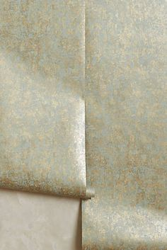 Grace-Weathered Wallpaper