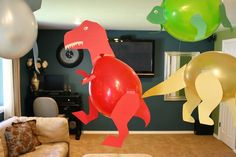 Check out these awesome Dinosaur party decorations from 'eYe likes food' - Made using balloons and construction paper. How fantastic would they look at a child's dinosaur themed birthday party. Dinosaur Birthday Party, Birthday Fun, Birthday Party Themes, Birthday Ideas, Dinosaur Party Decorations, Balloon Decorations, Balloon Template, Dinosaur Balloons, Dinosaur Crafts