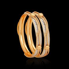 The handmade gold bangles are our prized possession. Acquire these antique gold kundan bangles from Zar Jewels & bring out the charm in every women. Womens Jewelry Rings, Gold Jewelry, Gold Bracelets, Diamond Jewellery, Diamond Rings, Gold Bangles Design, Gold Kangan, Wedding Bedroom, Sell Gold