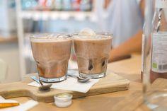 Die Brüher - Ein Coffeedate bei 35 Grad in Linz - coral and mauve Mauve, Coffee Maker, Coral, Foods, Drinks, Linz, Coffee Maker Machine, Food Food, Drinking