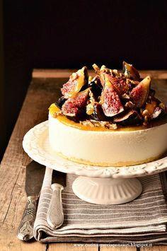 Torta gelato alla ricotta con marmellata e fichi | Cucina Scacciapensieri