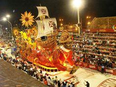 Carnaval del Pais - 2013 - Gualeguaychu Entre Rios Argentina. Ara yevi - Mari Mari - Kamarr - Obahia - Papelitos