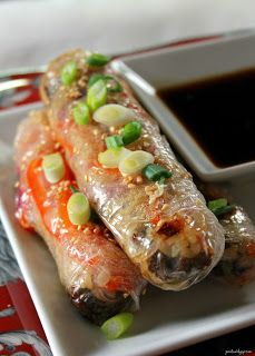 Jo and Sue: Rice Paper Burger Rolls Rice Paper Recipes, Easy Cake Recipes, Spicy Recipes, Asian Recipes, Healthy Recipes, Ethnic Recipes, Rice Paper Rolls Fillings, Simple Recipes, Healthy Cooking