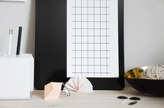 Via Oh Yei! | Black and White | Office Styling