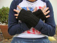 Crochet wrist warmers - free pattern by Lion Brand