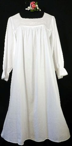 400-4 Square-Neck Gown With 3 4 Length Sleeves-Cotton gown 93f3c94f9