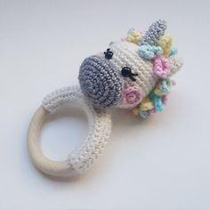 Mesmerizing Crochet an Amigurumi Rabbit Ideas. Lovely Crochet an Amigurumi Rabbit Ideas. Crochet Baby Blanket Beginner, Crochet Baby Toys, Crochet Diy, Crochet Motifs, Crochet Amigurumi, Crochet Gifts, Amigurumi Patterns, Crochet Dolls, Baby Knitting
