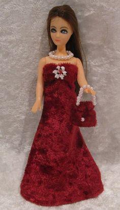 Dawn Doll, Pippa, Mini Kingdom Barbie Clothes #26 Dress, Purse & Necklace Set #ESCHdesigns