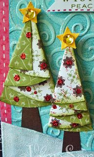 Half circle trees-so cute! Think my girls will love making these. Fabric Christmas Decorations, Christmas Tree Napkins, Fabric Christmas Ornaments, Christmas Sewing, Christmas Love, Christmas Holidays, Christmas Projects, Holiday Crafts, Fabric Crafts