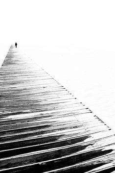 Off-season by Fabienne Bonnet Perspective leading lines to a vanishing point. Minimal Photography, Abstract Photography, Fine Art Photography, Street Photography, Negative Space Photography, Black White Photos, Black And White Photography, Photo D Art, Great Shots