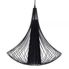 Lámpara metálica para el techo de color negro. para colocar en el salón.
